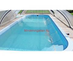 Balatonszárszón eladó medencés 6 apartmanból álló ház