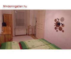 VIII. Práter u. kiadó II.2. em. 2 szobás, bútorozott, felújított lakás !