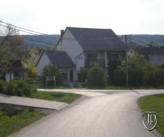 Eladó ház litér